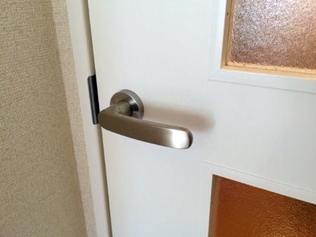 扉をなおす